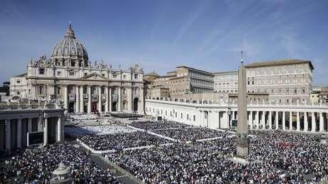 La Cátedra de San Pedro: don de Cristo a su Iglesia