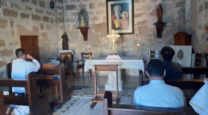 """""""San José y san Francisco, finalmente en la capilla"""""""